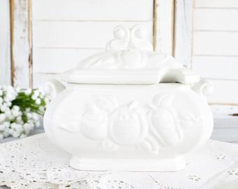 Vintage Signature Sauvignon Gravy Tureen   Stoneware Tureen, White Tureen, White Gravy Bowl, Vintage Tureen, Vintage Gravy Boat