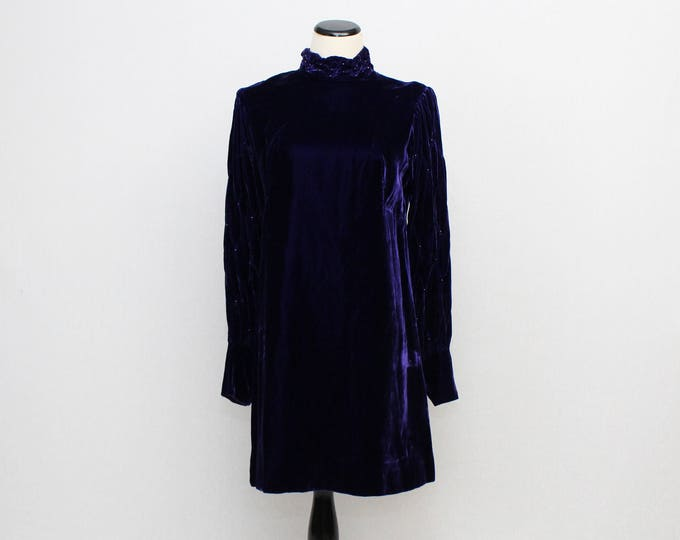 Vintage 1960s Purple Velvet Shift Dress - Size Medium
