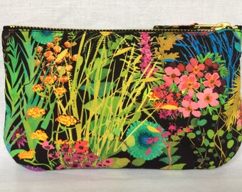 Liberty Purse Tana Cotton Lawn 'Tresco' in multicolour and black, make up bag clutch pouch wristlet. Liberty of London.
