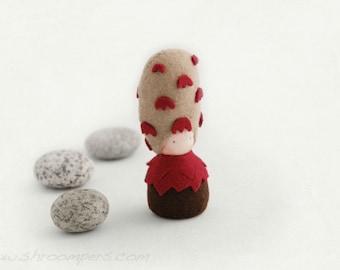 Organic felt Toy, Mushroom felt plush Waldorf doll, eco toy, Waldorf toy - Shaggy Mane
