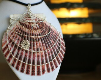Pink wire wrapped sea shell necklace