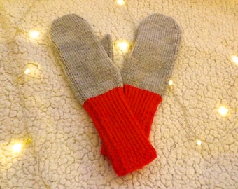 Cosy Grey & Red Wool Mittens