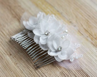 Hair Comb For Bride,Ivory Headpiece, Wedding Floral Crystal Hair Comb, Bridal