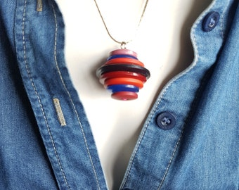 OOAK - Simple Button Stack Pendant - Vintage Buttons Necklace - Eco Gift - Button Stack Jewellery - Recycled Jewelry