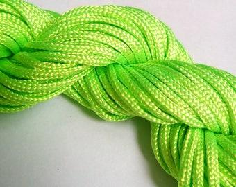 1 m green nylon thread
