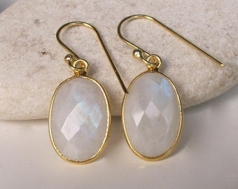 Oval Moonstone Earring- June Birthstone Earring- Dangle Gemstone Earrings- Simple Everyday Earring