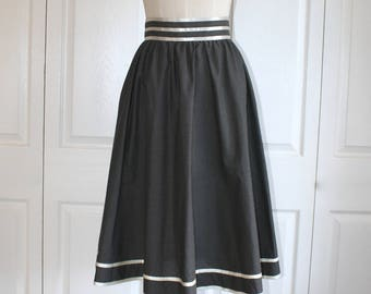 1970s JESSICA'S GUNNIES Skirt . Vintage 70s Black with White Polka Dots & Satin Ribbon Trim . Gunne Sax Skirt . Size Small Sz 6