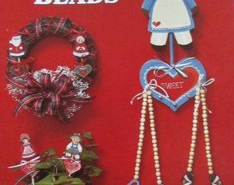 "1986 Decorative Folk Art painting "" Kountry Beads"" by Betty Headman & Pauline Mumfort  used book 26 pages"