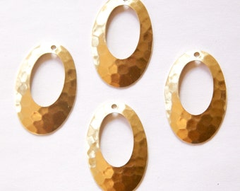 1 Hole Hammered Raw Brass Oval Pendant Drops (4) mtl100