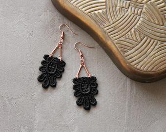 long lace earrings | KAETHE | statement earrings, art deco earrings, black lace earrings, dangle earrings, bridal earrings, girlfriend gift