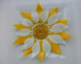 Fused glass plate,square yellow white plate,painted fused plate,flower plate,home decor, daisy plate