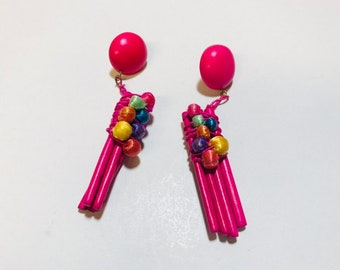Vintage colorful funky wood and raffia earrings