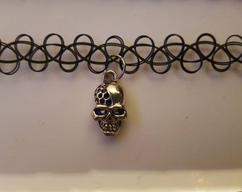 Skull tattoo choker