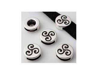 SET of 3 Pearl passing leather flat 10mm Celtic triskelion Silver (E41)