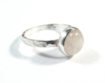 Minimalist sterling silver ring with rose quartz