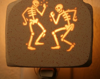 Dem Bones Gonna Dance Around