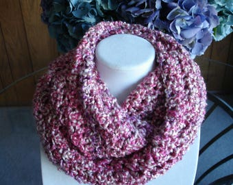 Pink/Purple Cowl Scarf, Infinity Scarf, Crocheted Scarf, Winter Scarf