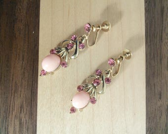 Gorgeous pink thermoset and rhinestone chandelier earrings