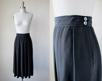 1970s vintage black pleated knee length evan picone button wait skirt s m