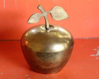 large brass apple container . vintage brass apple dish with lid, made in India