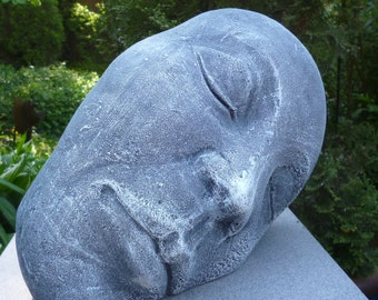 The woman's head-Art Deco stone cast Frost festival-33 cm garden sculpture