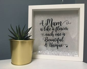 Custom mother's day frame | mums are unique