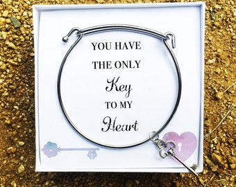 Loyalty Bracelet for Her, Loyalty Gift for Her, Loyalty Gift Ideas for Her, Key to my Heart Love Note for Her, Loyalty Note, She Has the Key