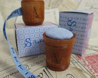 Sajou Hornbeam Wooden Tape Measure & Pin Cushion- Blue