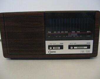 Vintage AM-FM Cosmo Radio
