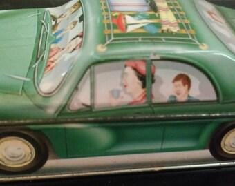 1982 Ian Logan's collectible '' Carlectables'' Green Car Collection.. Made in England