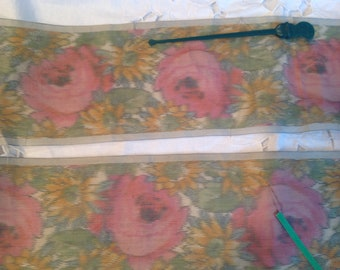 Antique watered silk ribbon, pink roses and daisies
