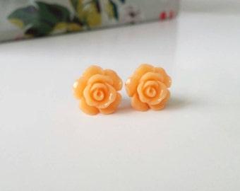 Peach studs, peach rose studs, peach rose earrings, peach purple stud, peach stud earrings, peach earrings, flower girl gift, gold posts