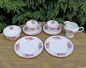 Aynsley Tea Set perfect for your Afternoon Tea, a Garden Party, Vintage Tea Party or any time you simply fancy a cup of tea!