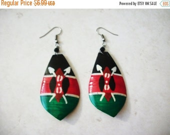 ON SALE Vintage 1960s Over Sized African Tribal Bone Earrings 92216