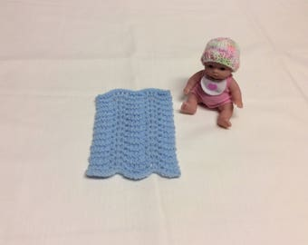 Knit doll blanket