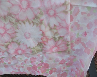 Pink Floral Pillowcases, Shabby Chic, Cannon, Wamsutta, Pillowcase Set