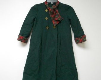 Green wool double breasted / pea coat . fits a girls 7 to 8