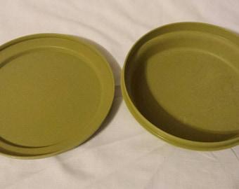 Tupperware Servelier 2 piece round storage container bowl 1206-16 lid 1207-35 olive green