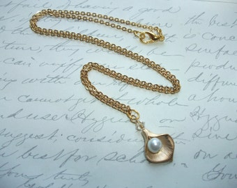 Gold calla lily necklace with pearl