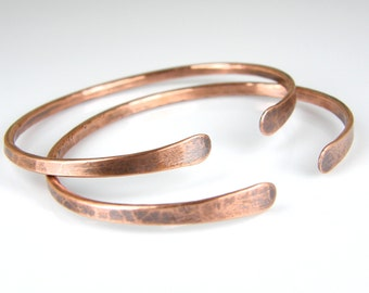 Minimalist Jewelry - Copper Bracelet - Hammered Copper - Copper Wire - BOHO Jewelry - Gifts For Her - Copper Bangle - Bracelets for Women