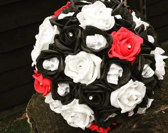 Alternative wedding, bridal bouquet, skulled flowers, goth wedding, gothic bride, alternative bride, skulls