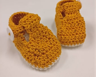 Ruby slippers- crochet baby booties
