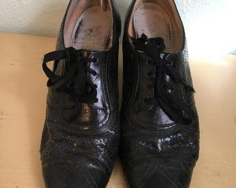1930's black oxfords / early 30's tie oxfords / vintage oxfords