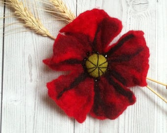 Felted Red poppy,hairpin-brooch,wool decoration,gift for Her,women,brooch for mom.