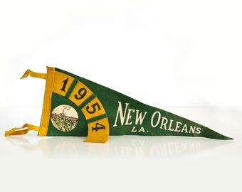 1954 New Orleans LA Pennant / 1950s Louisiana Souvenir / Felt Pennant / Jackson Square