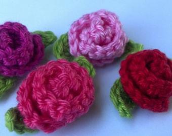 Set of 4 Mini Crochet Flower roses Appliques Craft Trim