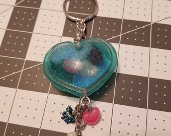 Teal heart shaker keychain