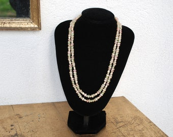 Pearl Necklace Freshwater Pearls from the 80s from greenish to rosé