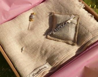 Indigo scarf linen + pin
