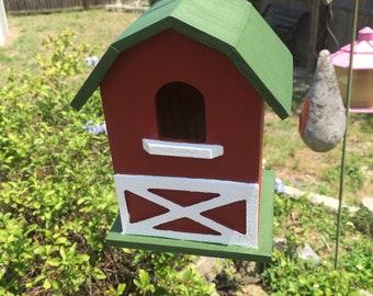 Wooden Barn Birdhouse
